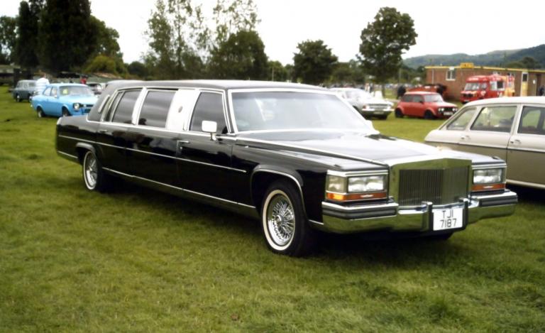 Cadillac Brougham 1988 г. Дональда Трампа
